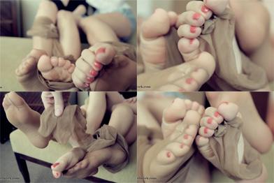 Nylon Foot Rub 88